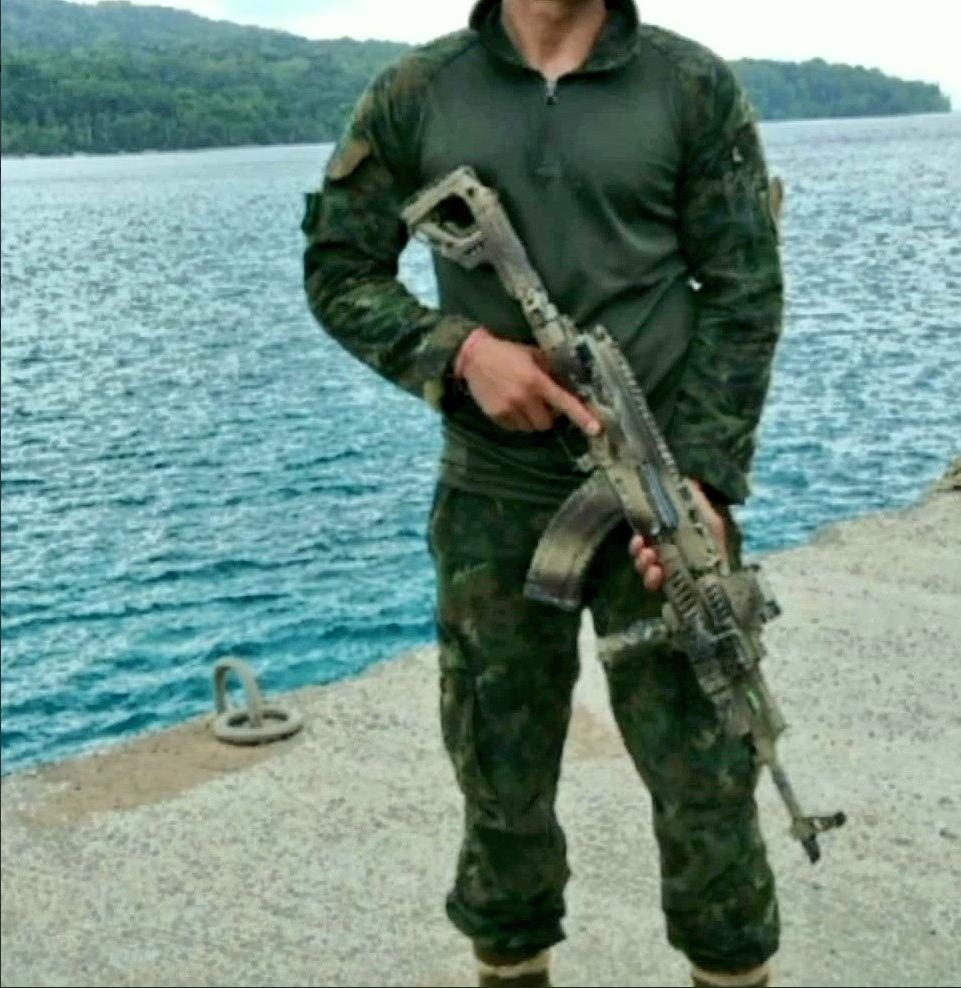 Indian Army Para-SF FAB Defense AKM.PNG