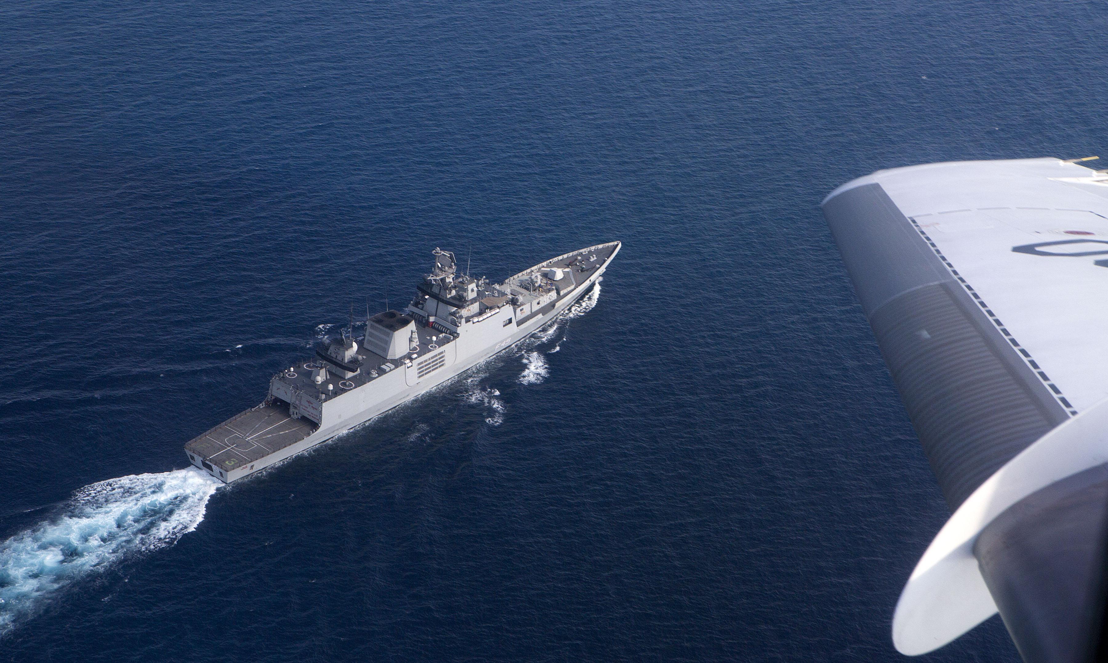 INS Shivalik, photo taken by French Navy Falcon 20.jpg